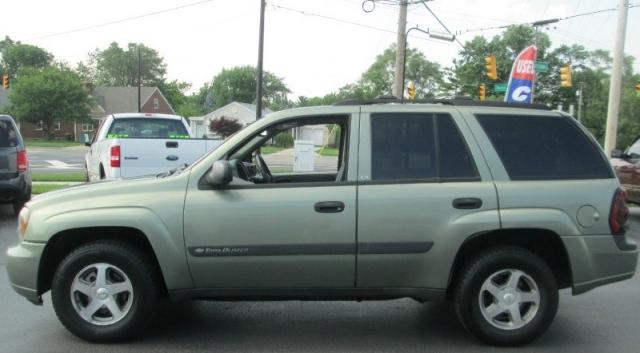 2004 Chevrolet TRAILBLAZER 4DR LT