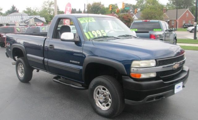 2002 Chevrolet SILVERADO 2500HD 4X4 LONGBED LS