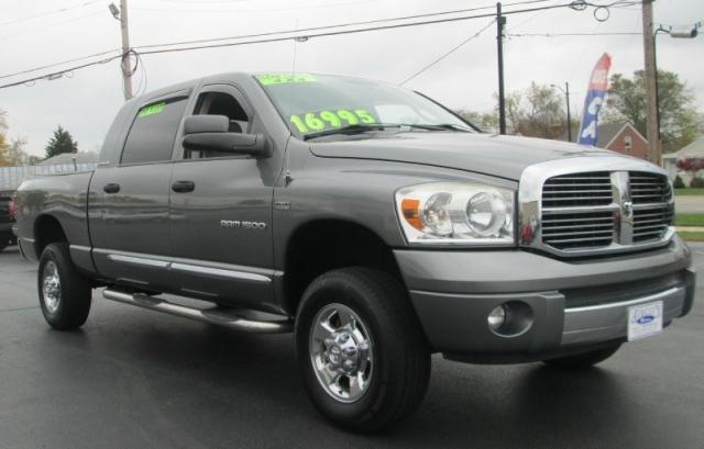 2007 Dodge RAM 1500 MEGA CAB SLT LARAMIE 4X4
