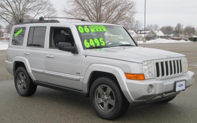 2006 Jeep COMMANDER 4X4/3RD ROW