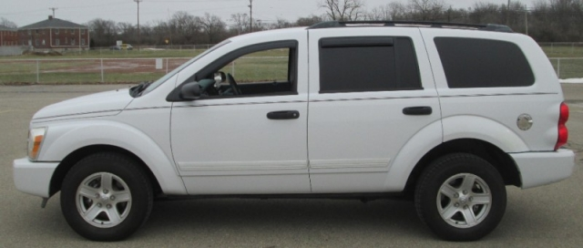 2005 Dodge DURANGO SLT WITH 3RD ROW