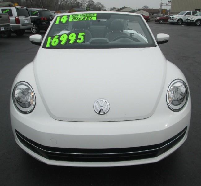 Volkswagen Dayton Ohio: 2014 VOLKSWAGEN BEETLE CONVERTIBLE TDI**ONLY 28,000 MILES