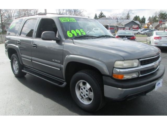 2002 Chevrolet TAHOE LS /W 3RD ROW
