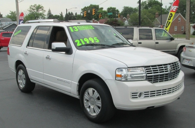 2013 Lincoln NAVIGATOR LUXURY 4X4