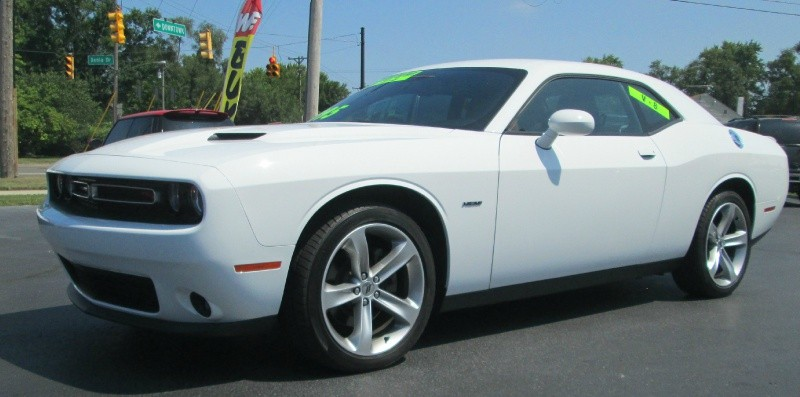 Dodge CHALLENGER R/T PLUS V-8 2017 price $24,495