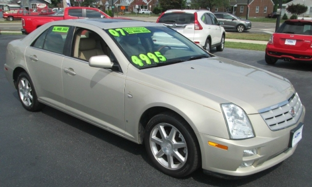 2007 Cadillac STS ALL WHEEL DRIVE V-6
