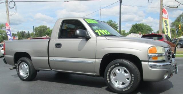 2003 GMC SIERRA REG CAB SLE V-8