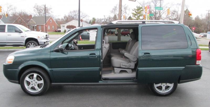Chevrolet UPLANDER EXTENDED LT AWD 2005 price $4,495