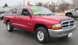 Dodge DAKOTA CLUB CAB SLT V-8 1998