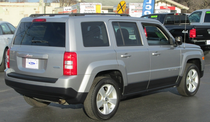 Jeep PATRIOT LATITUDE EDITION 2016 price $11,495