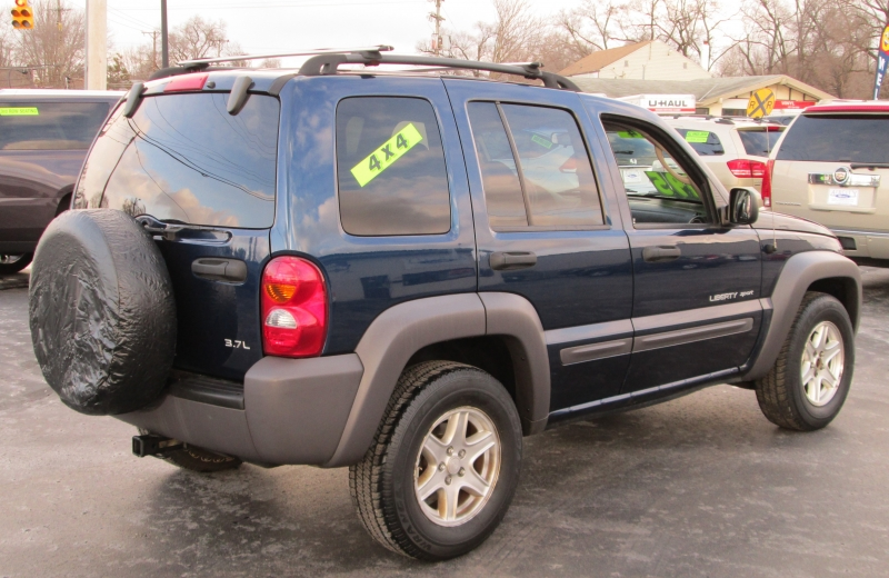 Jeep LIBERTY SPORT 4X4 2003 price $4,695