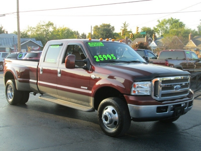 ford super duty f 350 crew cab king ranch diesel dually. Black Bedroom Furniture Sets. Home Design Ideas