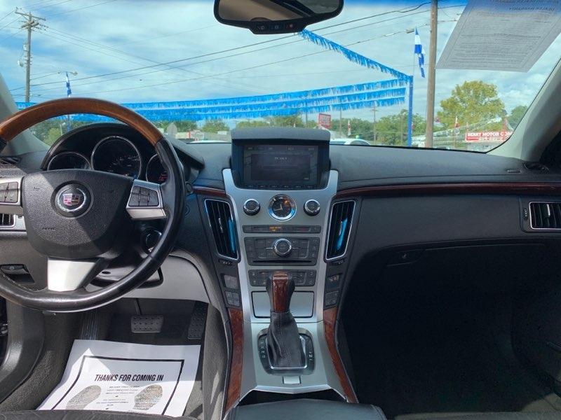 Cadillac CTS Sedan 2011 price $9,995