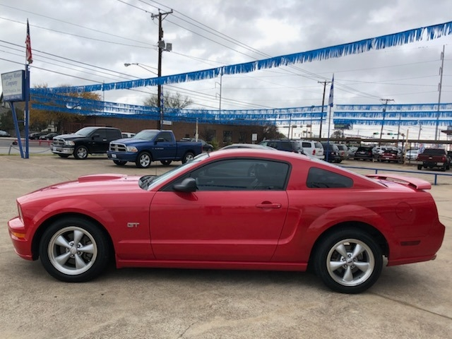 Ford Mustang 2008 price $11,995