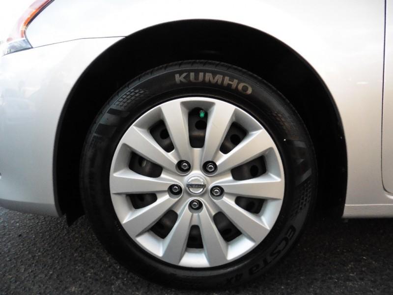 Nissan Sentra 2014 price $11,995
