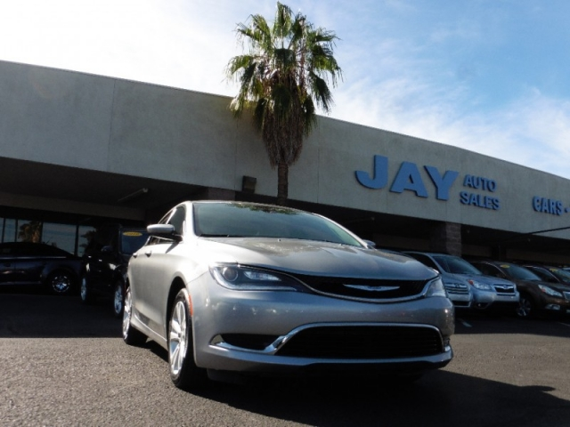 2016 Chrysler 200-Series