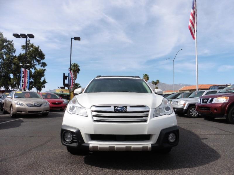 Subaru Outback 2013 price $14,995