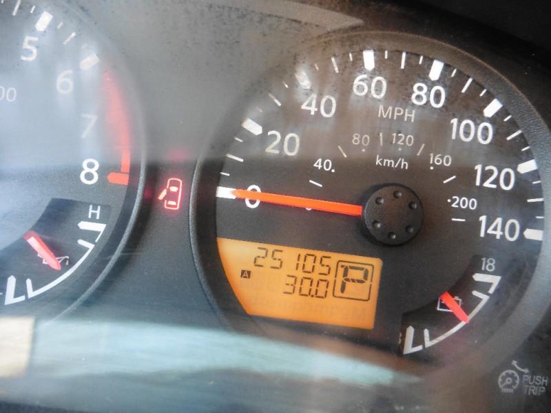 Nissan Frontier 2015 price $19,995