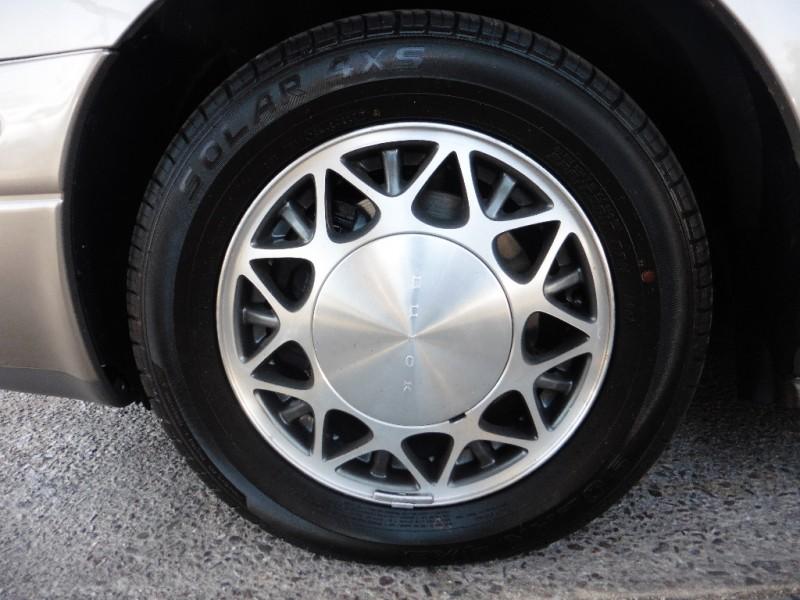 Buick LeSabre 2003 price $4,995