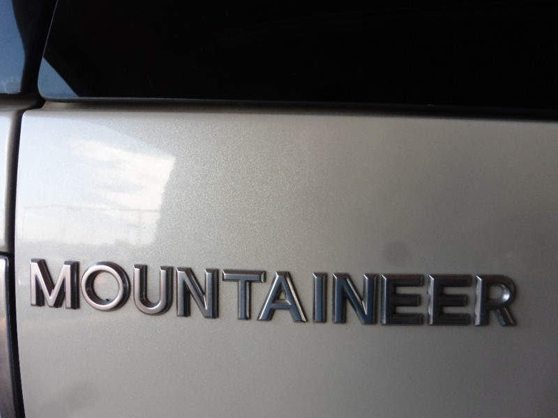 Mercury Mountaineer 2006 price $6,995