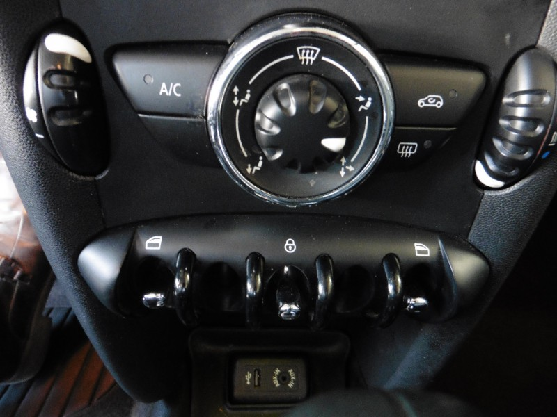 Mini Cooper Hardtop 2013 price $11,995