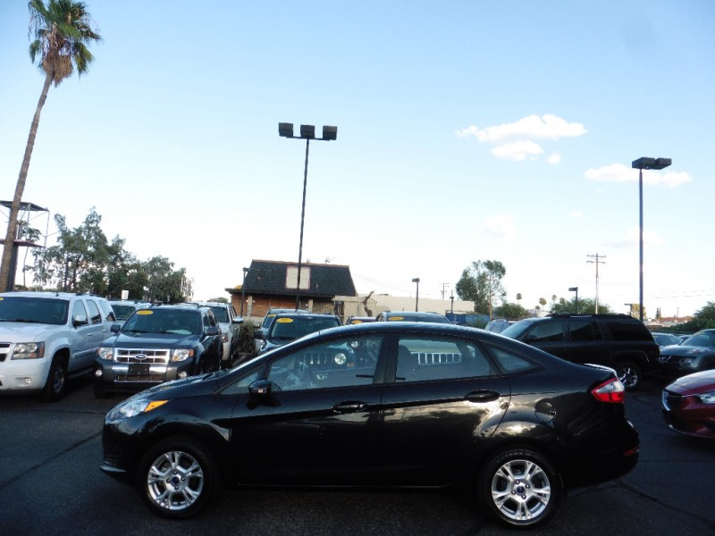 Ford Fiesta 2015 price $7,995