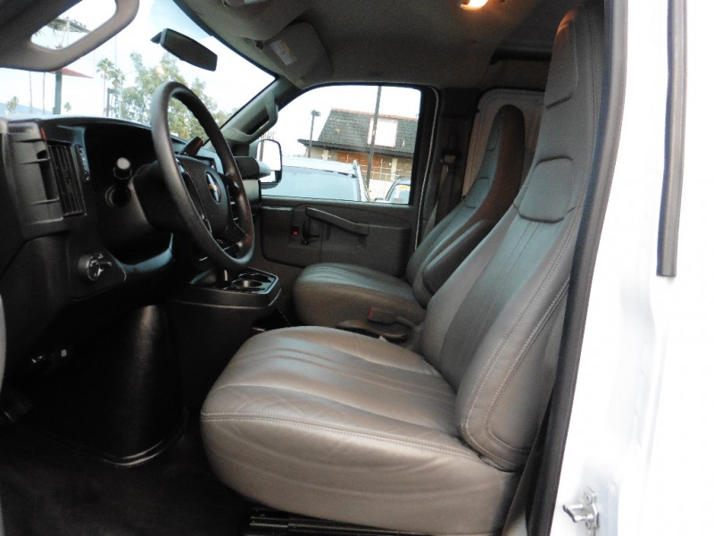 Chevrolet Express Cargo Van 2016 price $24,995