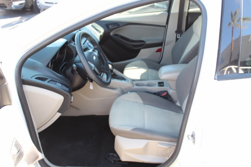 Ford Focus 2012 price $7,995