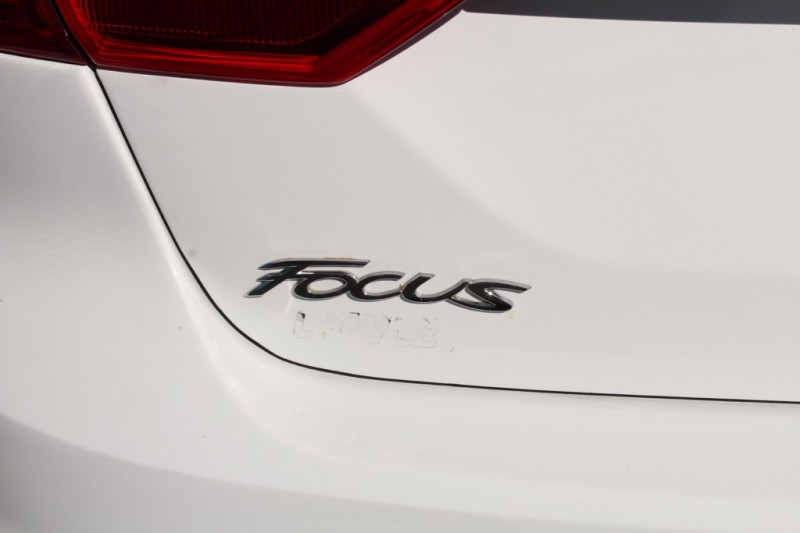 Ford Focus 2012 price $7,695