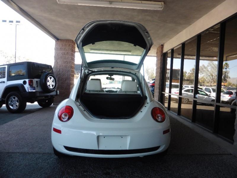 Volkswagen New Beetle Coupe 2008 price $6,995