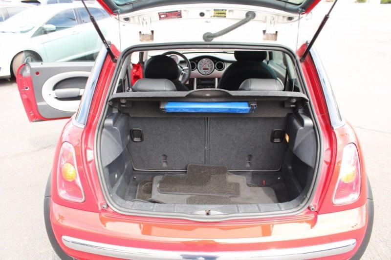 Mini Cooper Hardtop 2003 price $5,995