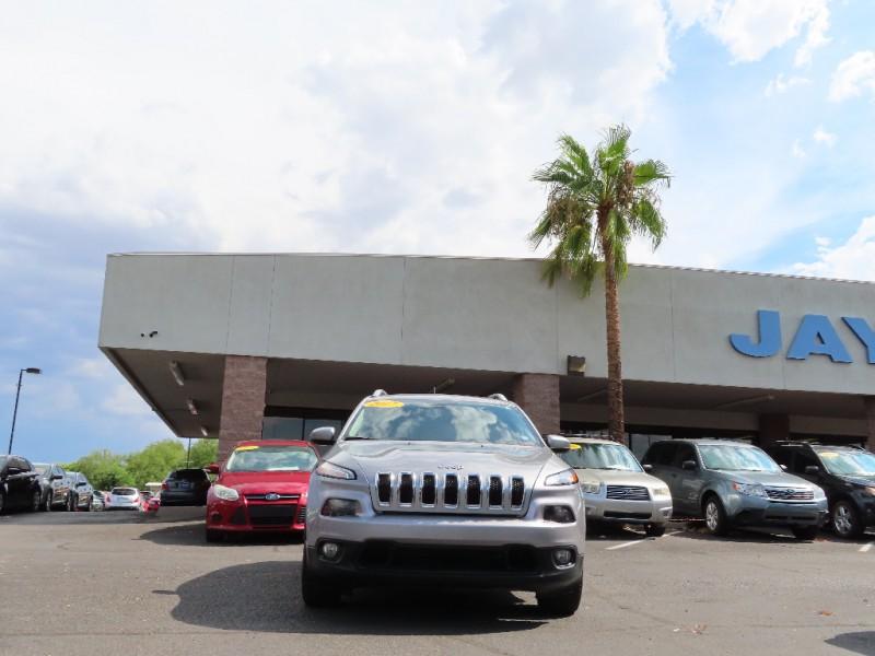 Jeep Cherokee 2017 price $18,995