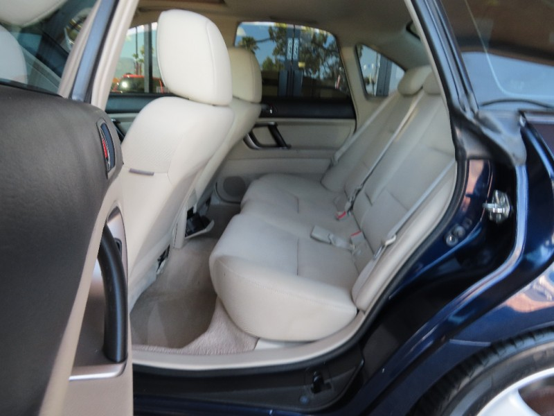 Subaru Legacy Sedan 2007 price $7,995
