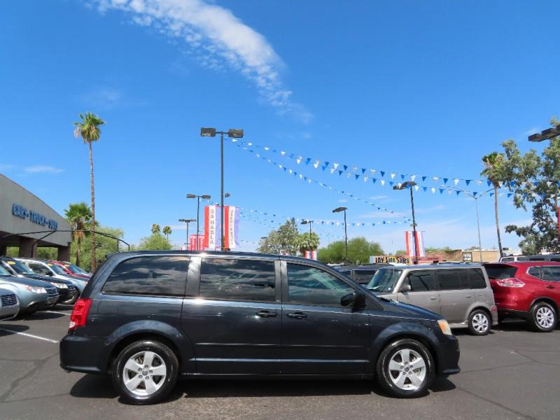 Dodge Grand Caravan 2013 price $9,995