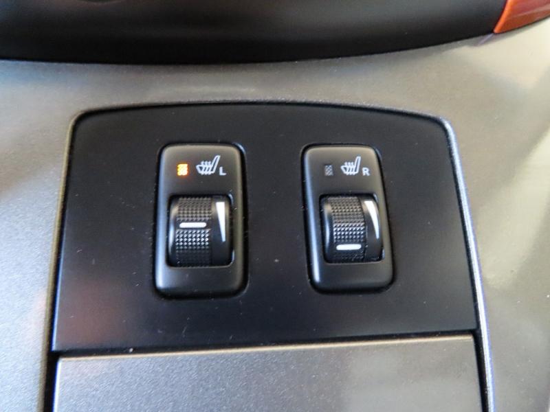Toyota Sienna 2008 price $12,995