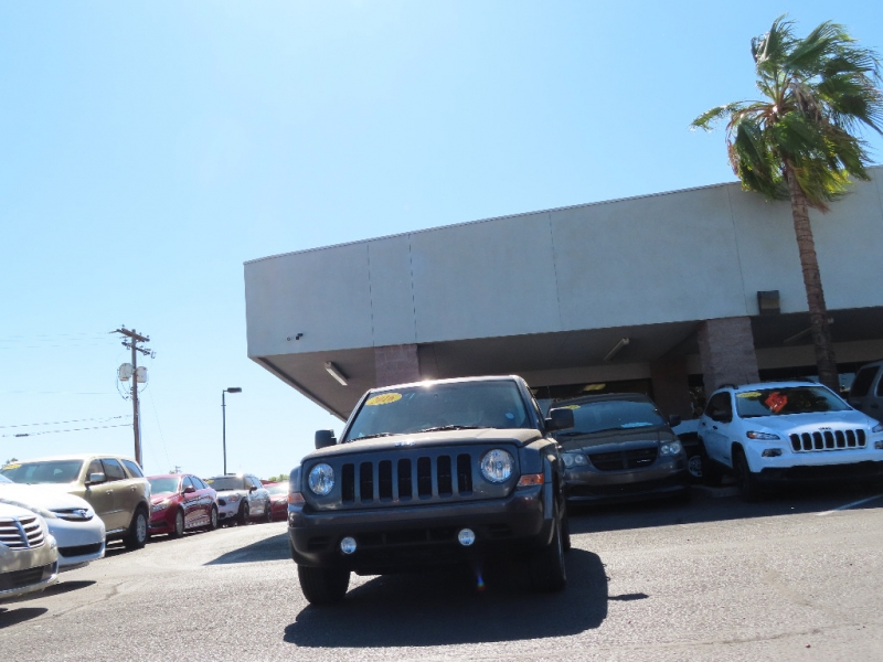 Jeep Patriot 2016 price $10,995