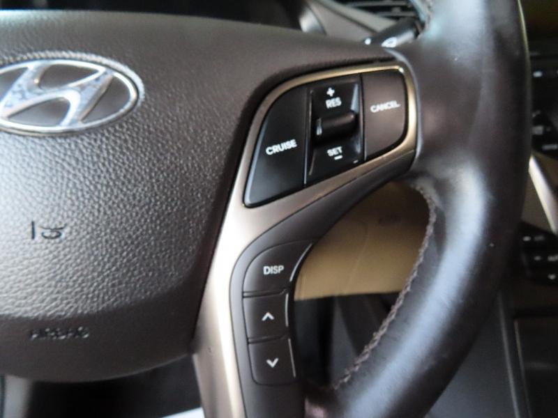 Hyundai Azera 2012 price $9,995