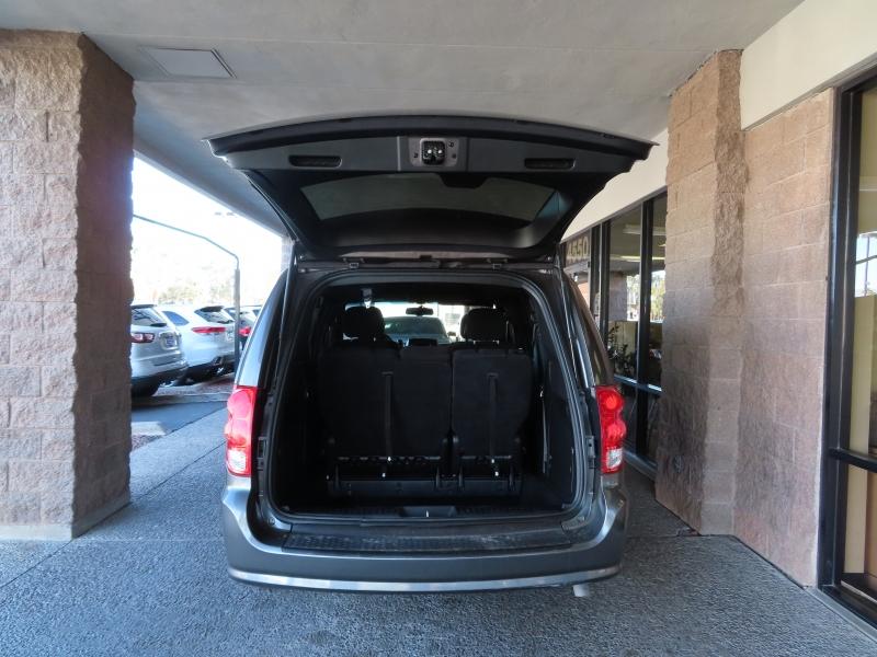 Dodge Grand Caravan 2014 price $9,995