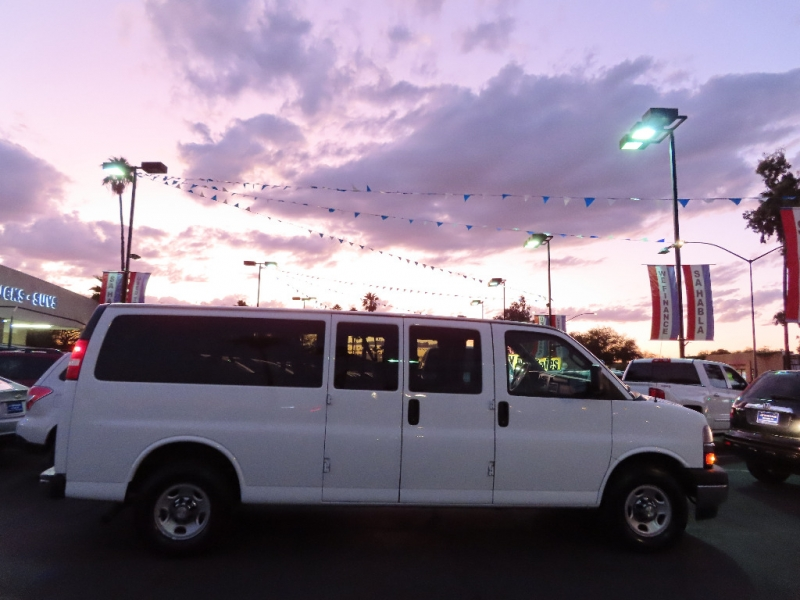 Chevrolet Express Passenger 2017 price $21,995