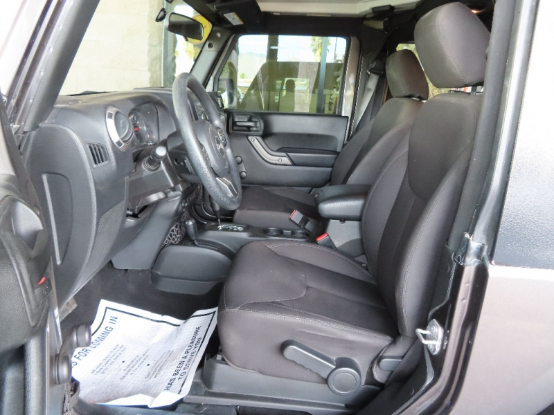 Jeep Wrangler 2017 price $25,995