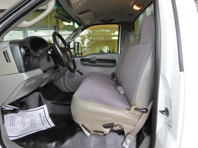 Ford Super Duty F-450 DRW 2007 price $13,995