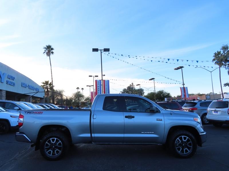 Toyota Tundra 2016 price $28,995