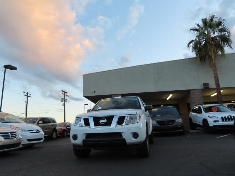 Nissan Frontier 2016 price $18,995
