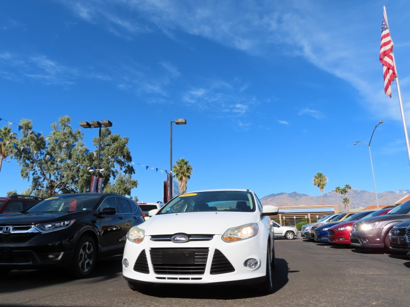 Ford Focus 2012 price $7,995