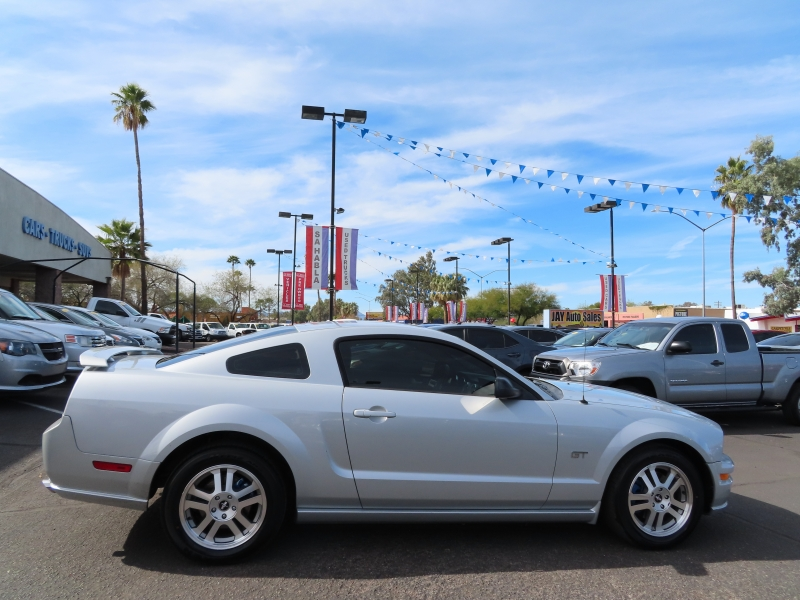 Ford Mustang 2005 price $6,995