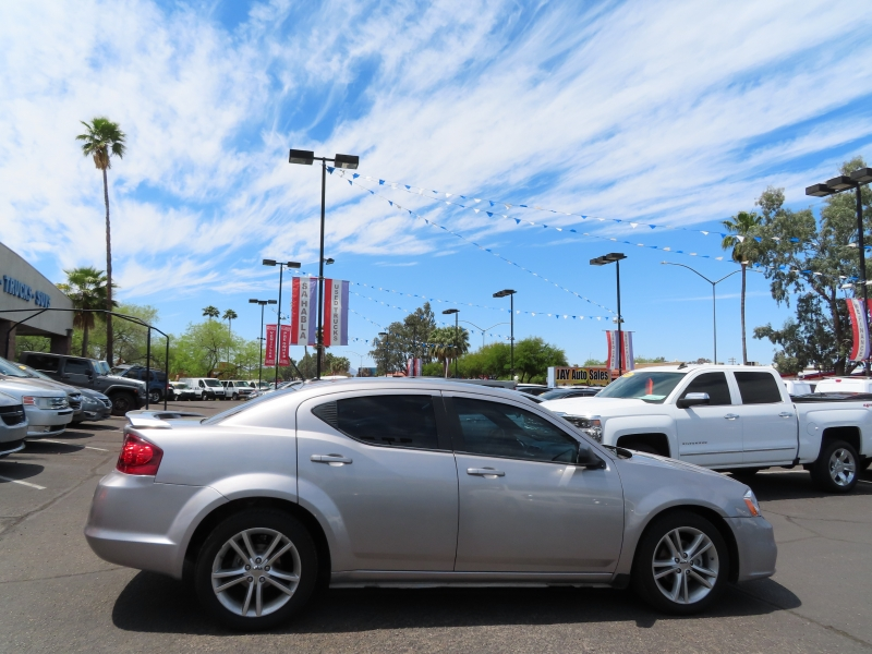 Dodge Avenger 2013 price