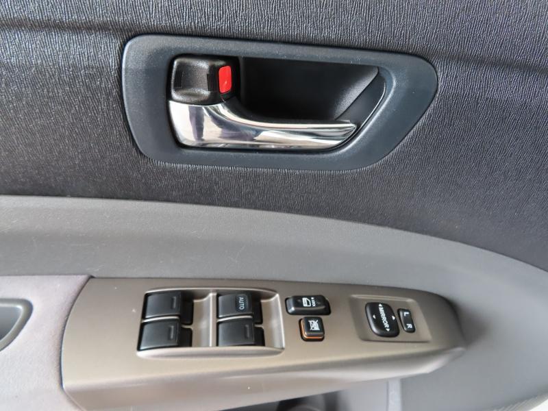Toyota Prius 2009 price $9,595