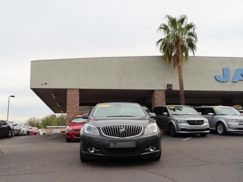 Buick Verano 2017 price $12,995