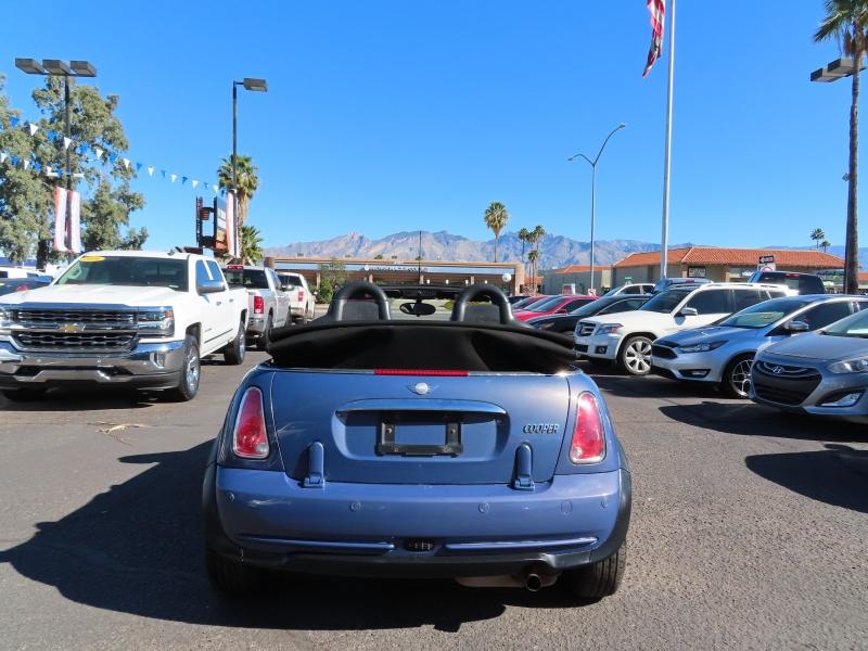 Mini Cooper Convertible 2007 price $5,995