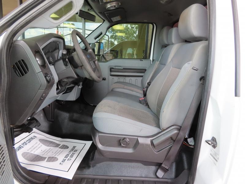 Ford Super Duty F-250 SRW 2011 price $13,995